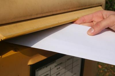 Schriftliche Bewerbung Per E Mail Oder Per Post Bewerbungswissennet